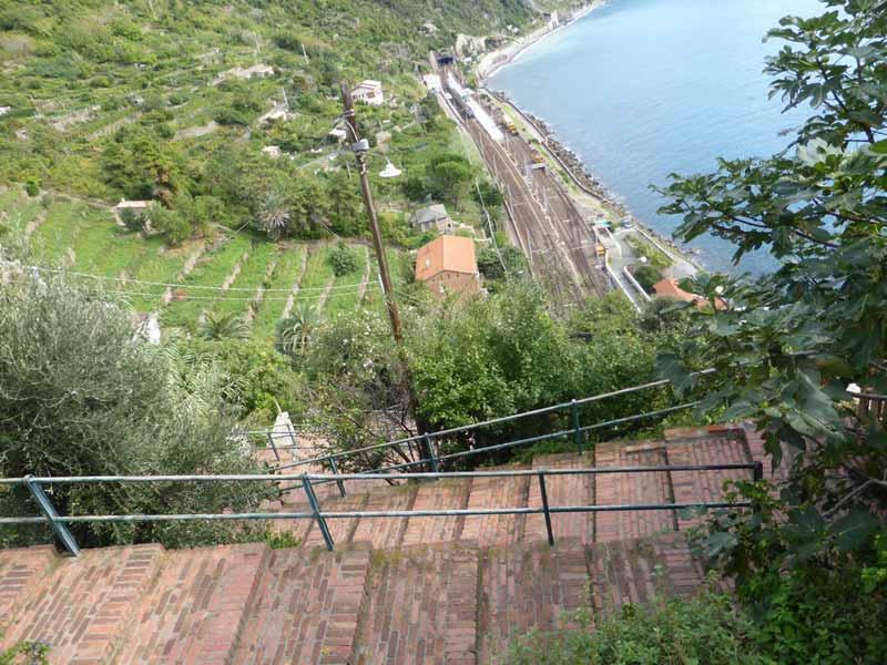 Lardarina Staircase Corniglia