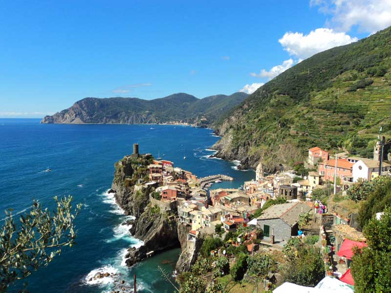 Hiking in Vernazza Cinque Terre