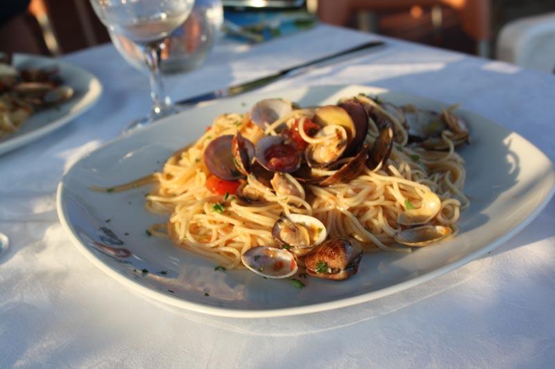 Spaghetti with Vongole Cinque Terre