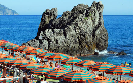 The Guide to Cinque Terre   mycinqueterre.com on la spezia, assisi italy map, manarola italy map, amalfi coast map, lago maggiore italy map, tuscany map, northern italy map, spello italy map, monterosso al mare, riomaggiore italy map, liguria italy map, venice italy map, chianti region italy map, lake como italy map, orvieto italy map, san gimignano, amalfi italy map, italian riviera, vernazza map, pienza italy map, dolomites italy map, portofino italy map, piedmont italy map, europe map,